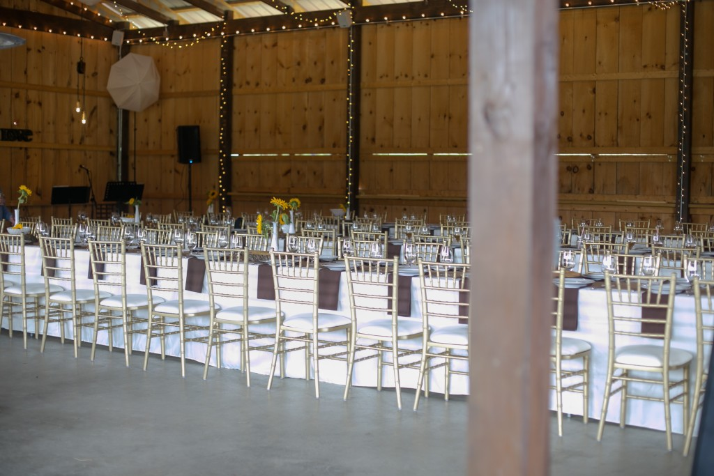 Waiting for the Guests...and Dinner! Photography by Jessica Lubert.